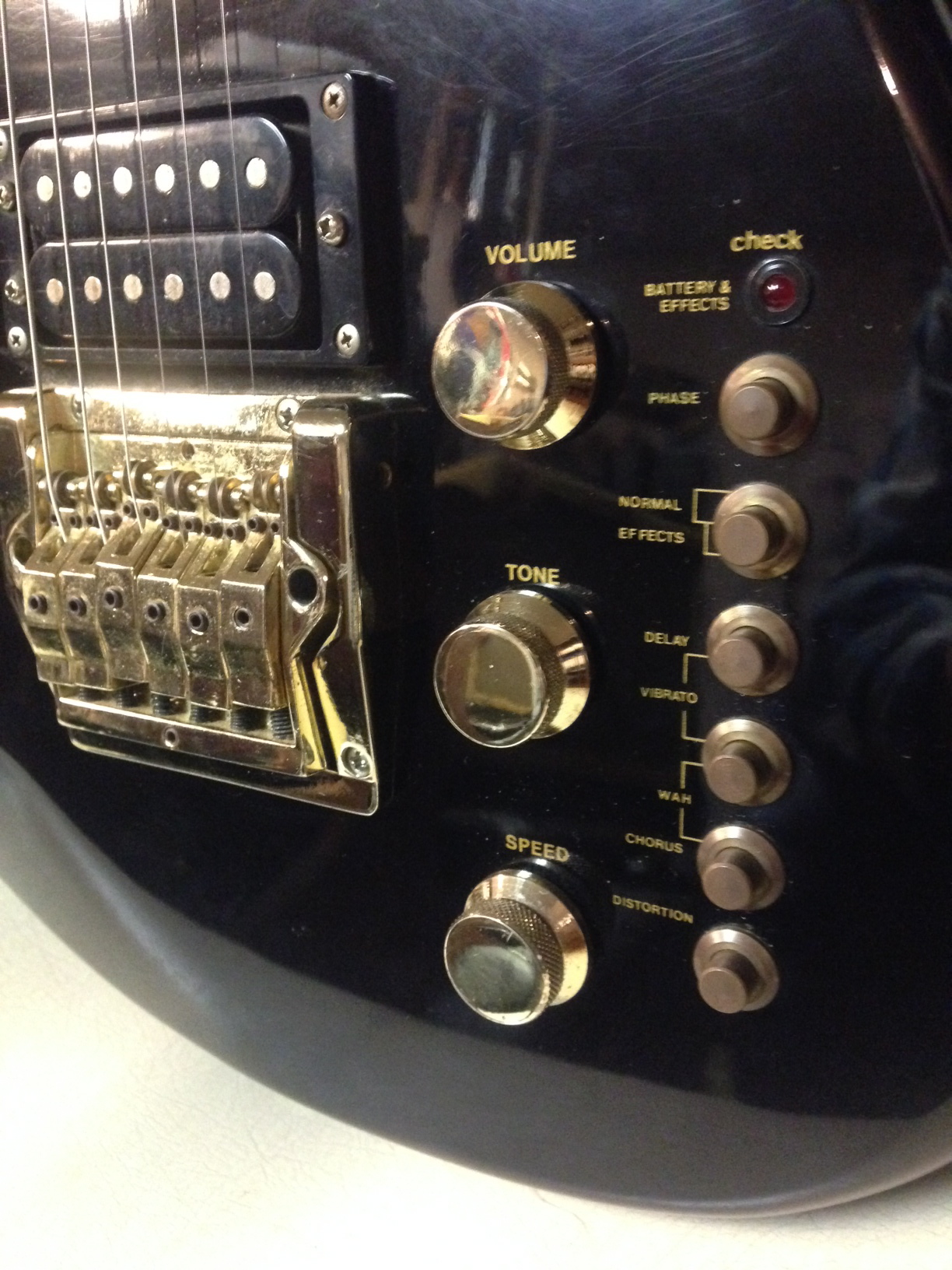 cort effector electric guitar built in effects i think working as it should ebay. Black Bedroom Furniture Sets. Home Design Ideas